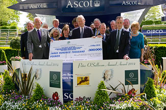 sir peter osullevan cheque presentation 2015